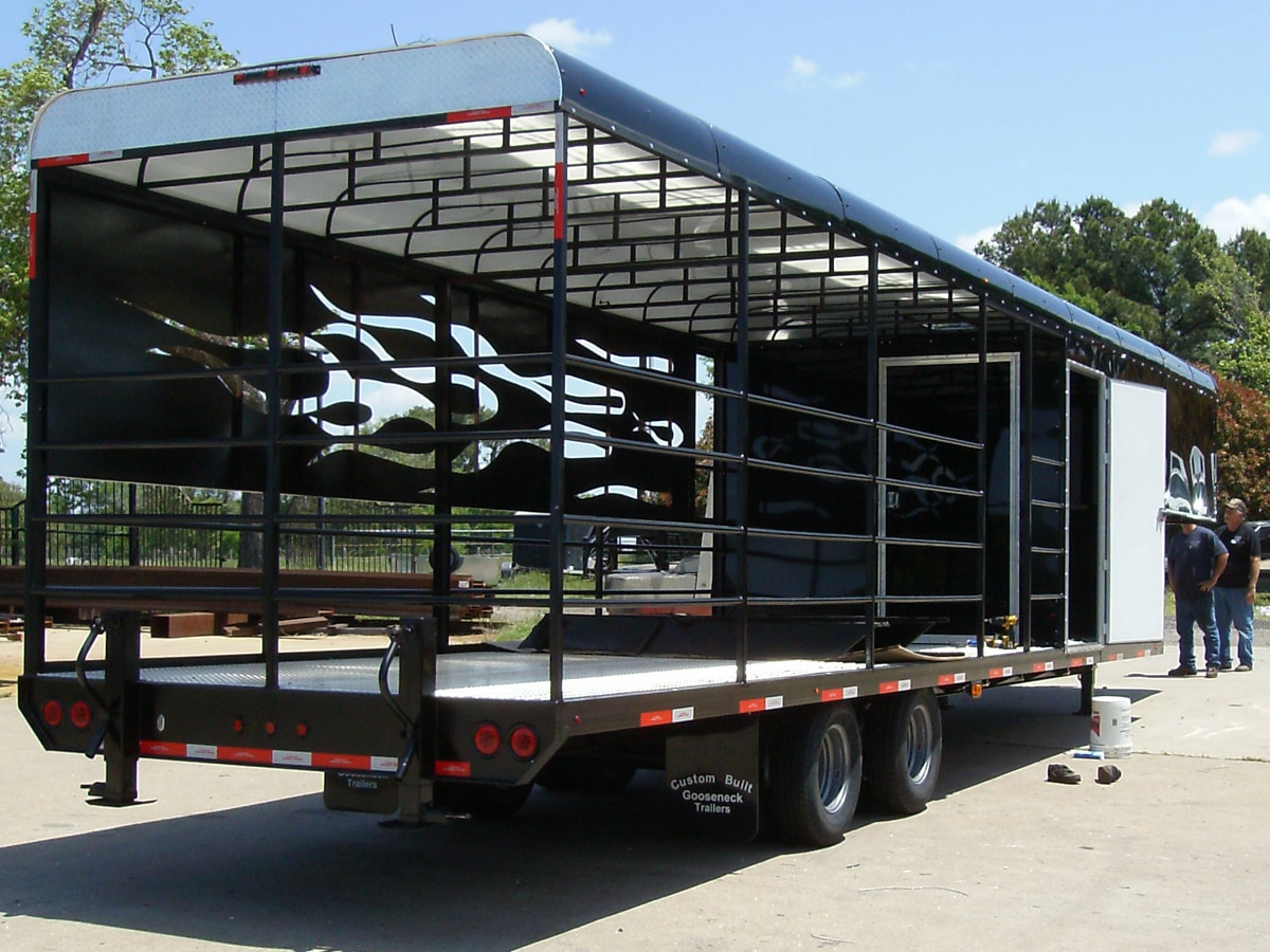 Side View of a Custom BBQ Trailer built by Custom Built Gooseneck Trailers
